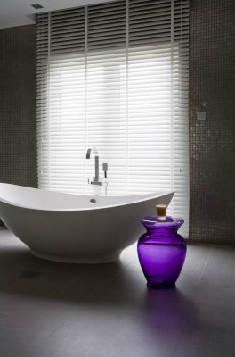 Bathroom suite in an Emirates hills villa, Dubai