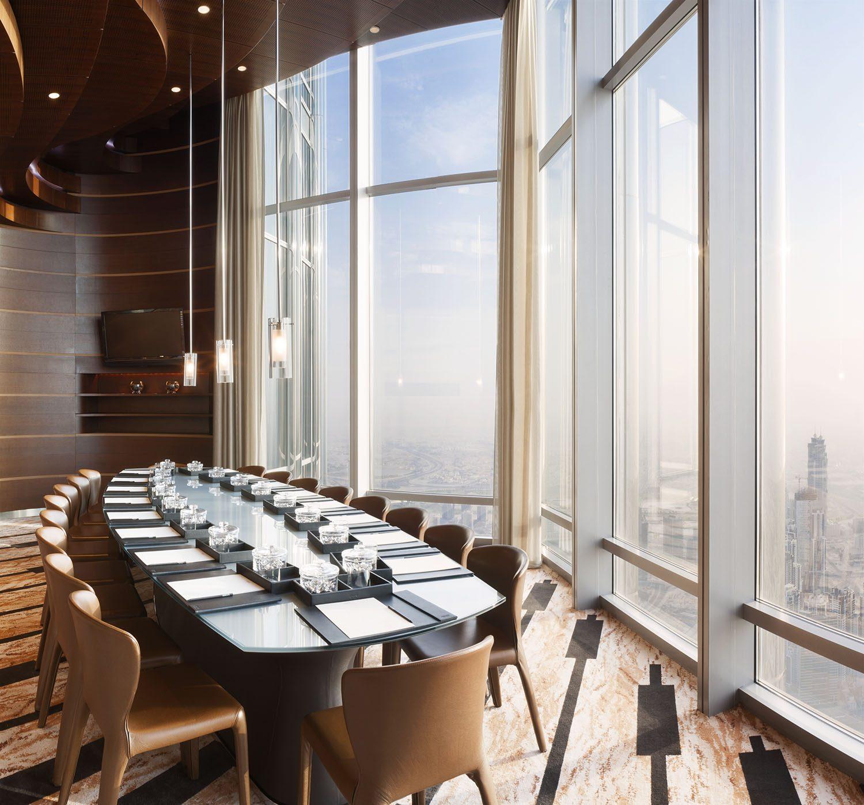 Een interieurfoto van de vergaderruimte van het Armani Hotel in de Burj Khalifa, Dubai door fotograaf Duncan Chard